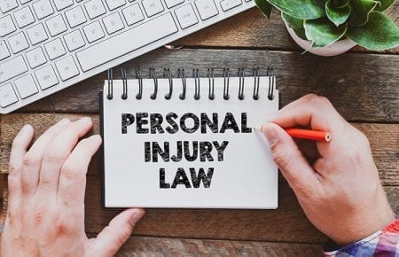 5 Common Mistakes People Make When They Hire a Personal Injury Lawyer